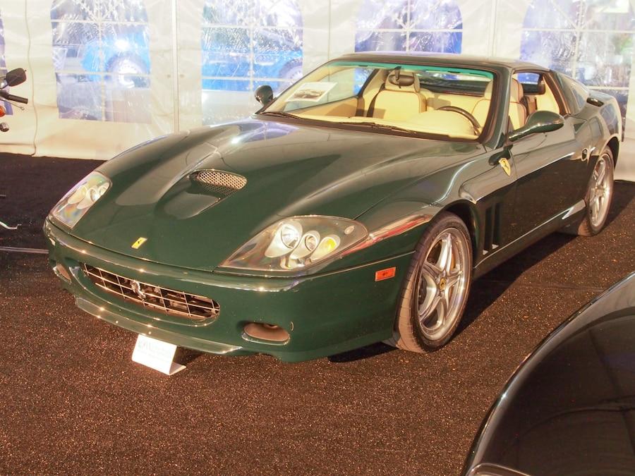 RICK6176_55_Ferrari_2005_575 Superamerica_Convertible_ZFFGT61A550143339_900.jpg