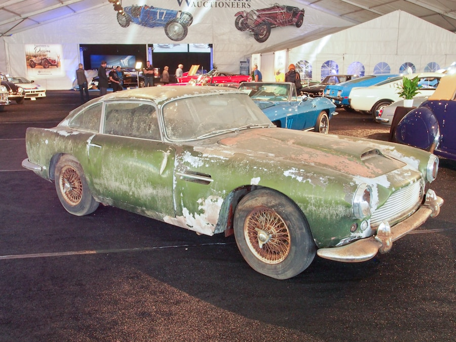 RICK6186_45_Aston Martin_1962_DB4_Coupe_DB4510L_900.jpg