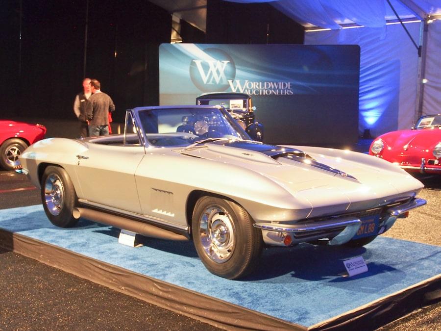RICK6194_32_Chevrolet_1967_Corvette L88_Roadster_194677S115484_900.jpg
