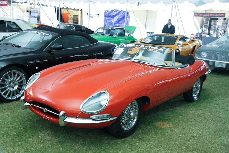 RussoandSteeleScottsdale2017_IMG5916_Jaguar_1967_E-Type_Roadster_1E15010__900.jpg