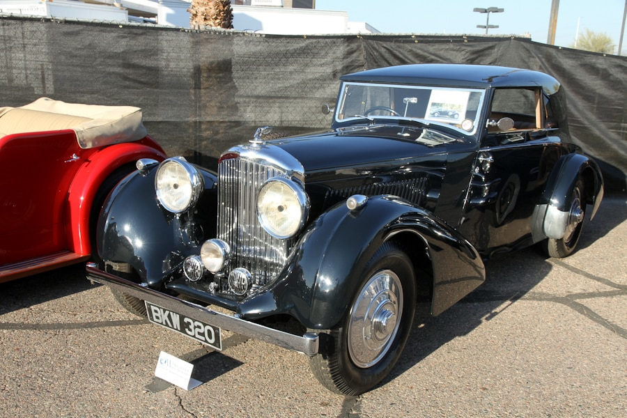 WorldwideScottsdale2017_IMG5781_27_Bentley_1937_4 1-2 Litre_Fixed Head Coupe_B91JY__900.jpg